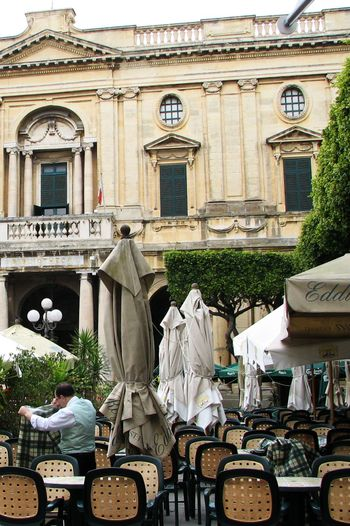 Malta_outdoor_cafe