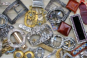 Box_of_buckles