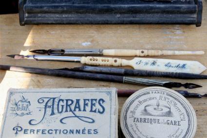 Antiquewritingthings