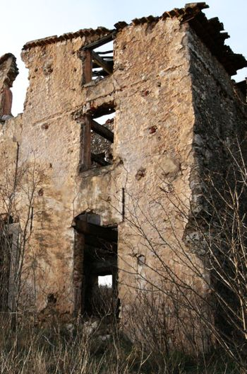 Abandon_house