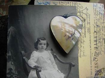 Shellheartonpostcard190