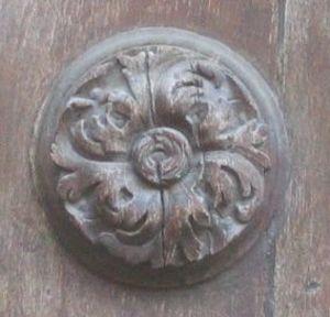 Wooden_17th_century_rosette
